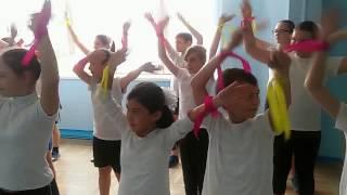 Флешмоб в начальной школе, посвященный Году экологии