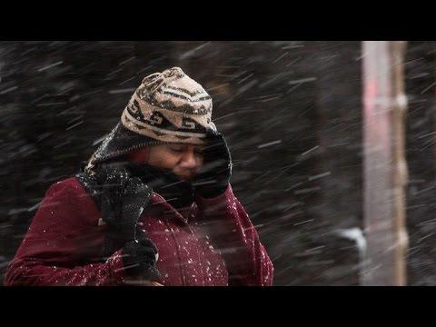 Blizzard blasts Northeast, and other MoneyWatch headlines