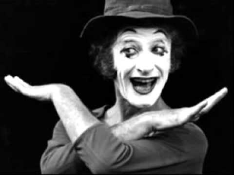 Vesti la giubba - a tribute to Marcel Marceau (22 March 1923 -- 22 September 2007)