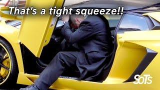 فيديو مضحك لشخص يواجه صعوبة في ركوب لمبرجيني لهذا السبب ! @ موقع تيربو العرب