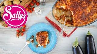Moussaka – griechischer Auberginen-Kartoffel-Auflauf mit Hackfleisch & Bechamel-Soße