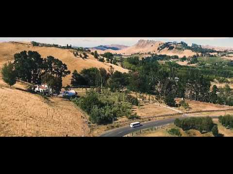 Wine Tour in Napier & Hastings - Hawkes Bay with Absolute deTours