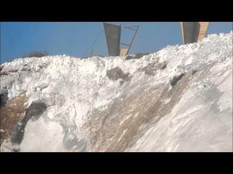 Взрыв снежного карниза дорога  горнозаводск   невельск сахалинская область невельский район 13км