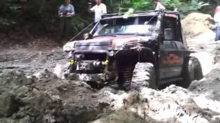Уаз 469 VS Nissan Patrol Y60 4.2D Off road 4x4