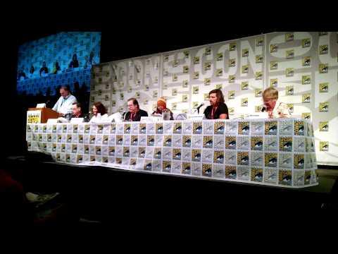 SDCC 2014 - Snow white & the seven Dwarves reading