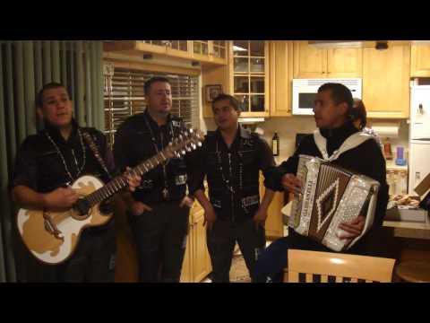 Serenata con Los Buitres -Corazon