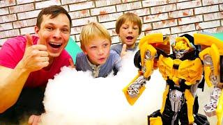 Видео игры - Трансформер Бамблби и Фёдор защищают базу Автоботов! - Опыты для детей.