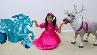 Download Jannie Pretend Play with Frozen Sven Reindeer and Water Nokk Ride On Toys Mp3 and Videos