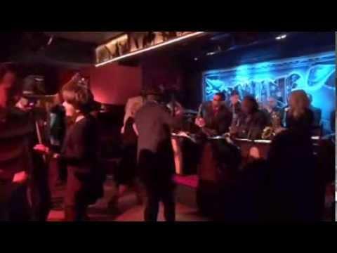 swinger club jazz sells