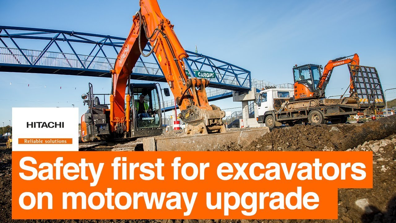 Safety first for Hitachi excavators on motorway upgrade