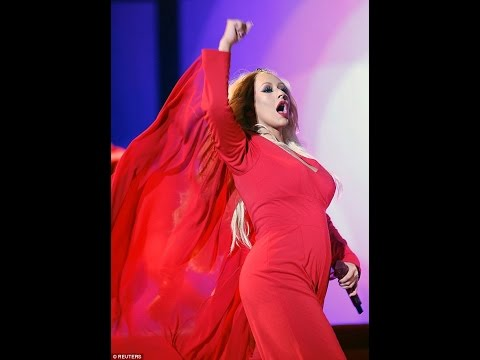 """Christina Aguilera - Let There Be Love """"Full"""" (Mawazine Festival 2016)"""