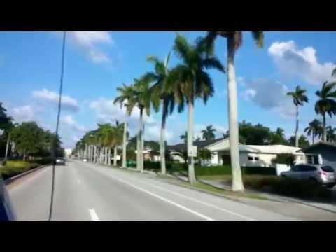 Driving to Beach on Hollywood Boulevard - Hollywood Florida