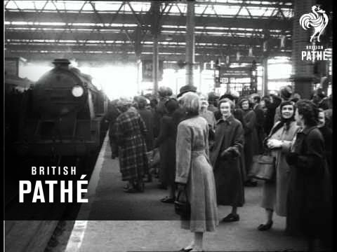 Thousands Mob U.S. Evangelist 1954