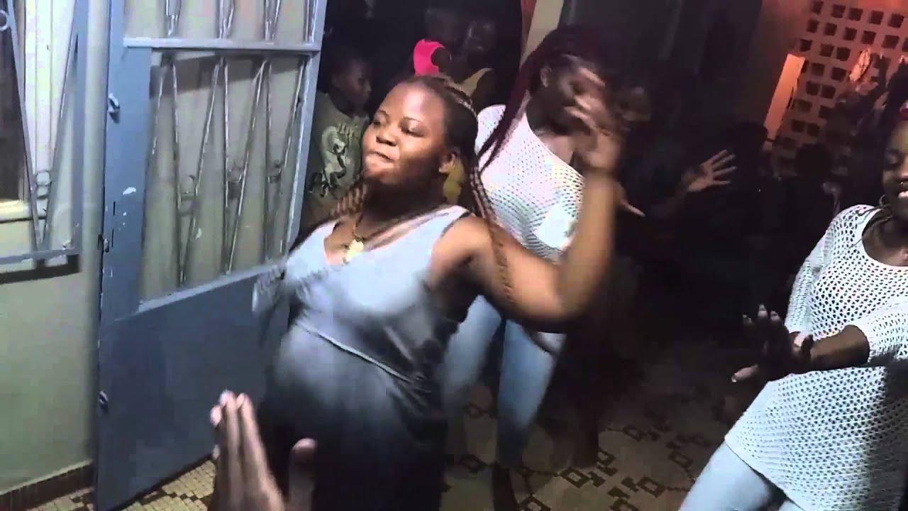 Dating femei din Camerun