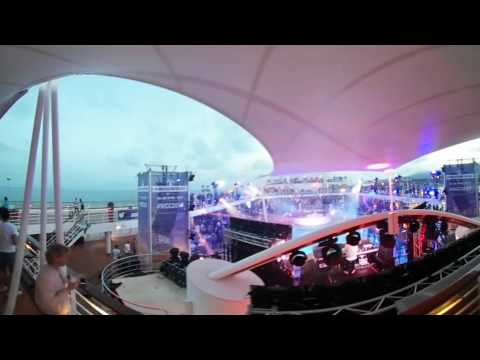 360° World Club Cruise 2017 at dusk Palma de Mallorca Harbor around the Pooldeck