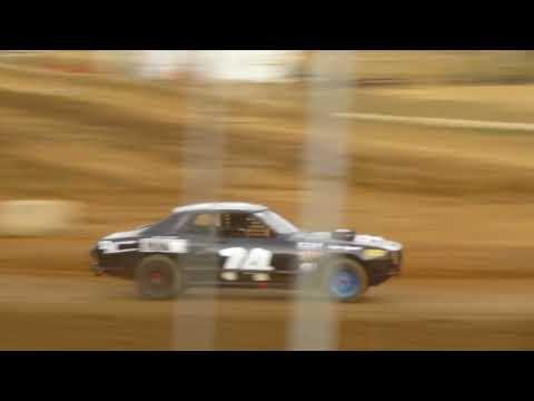 TZR #74 Hornet heat race 10-7-17 Coos Bay Speedway open show