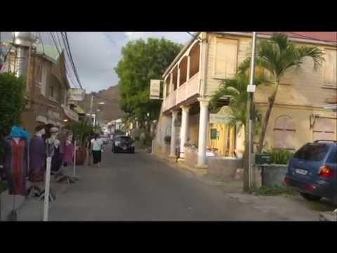 Walk along Boulevard de Grand Case - St Martin