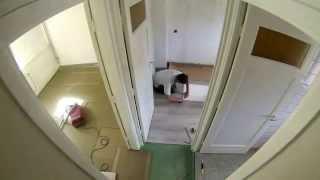 v-groef laminaat in verband gelegd op de eerste verdieping