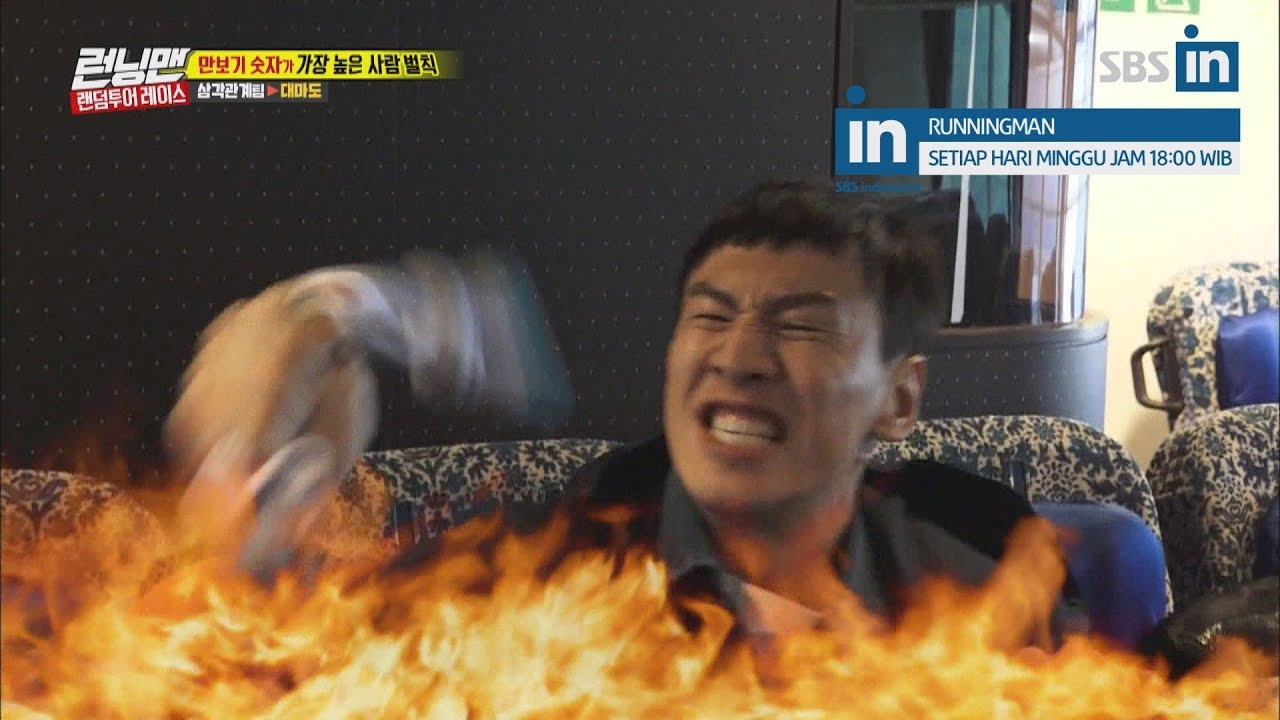 Kwang Soo is crazy about step counters in Runningman Ep. 390 with EngSub