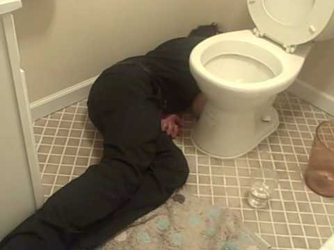 funny drunk guy passed out in bathroom youtube rh youtube com drinking bathroom tap water drunk guy in bathroom remix
