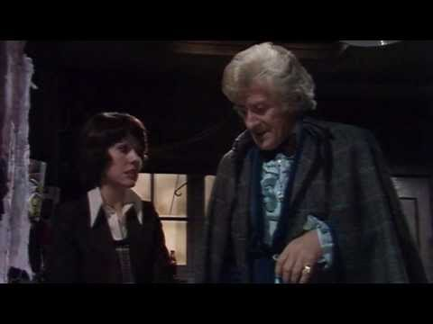 Doctor Who Review: Invasion of the Dinosaurs