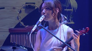moumoon / 「moonlight」 (「moumoon FULLMOON LIVE TOUR 2015 SPRING~OFUTARISAMA~」 IN AKASAKA BLITZ より)