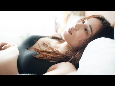 平野ノラ、人生初の下着モデルに挑戦 ワコール『シンクロブラ』WEBムービー「平野ノラ楽屋編」&「主婦突撃編」メイキング映像