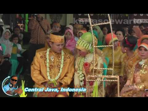 Tenda Biru - Desy Ratnasari (Banyumas 2011)