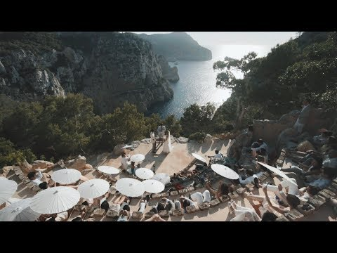 Wedding at the most amazing hotel in Ibiza! Tássia & Djalma - Hacienda Na Xamena