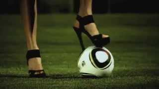 Chelsea Chat Girls Playing Football ( Macy Gray - Beauty In The World )