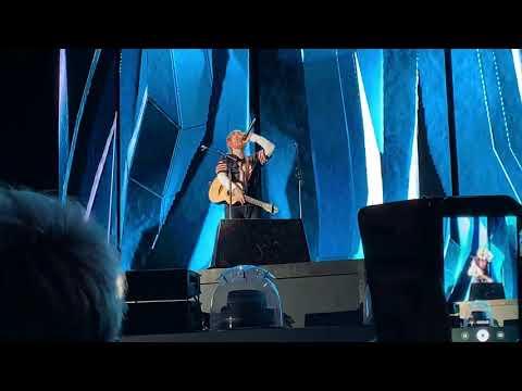 Shape Of You Ed Sheeran Live