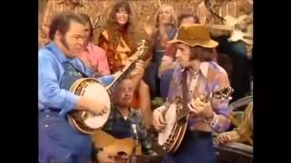 Roy Clark and Bobby Thompson Hee Haw Pickin