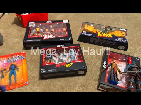 Mega Marvel Legends Haul Toys R Us & Ebgames