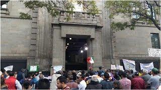 Protestan a las afueras de Suprema Corte contra magistrados