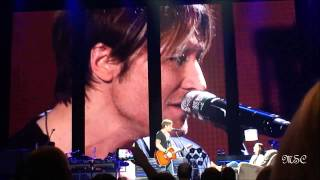 "Keith Urban ""Only You Can Love Me This Way"" @ Madison Square Garden, 1/29/2014"