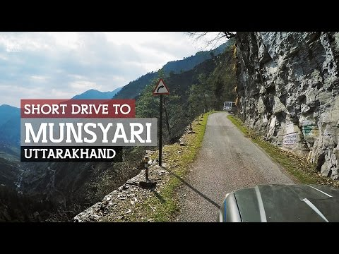 The narrow road to Munsiyari in Uttarakhand