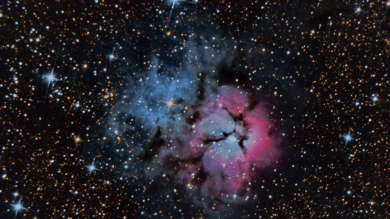 Look in the deep space with bresser messier telescope nt203 1000