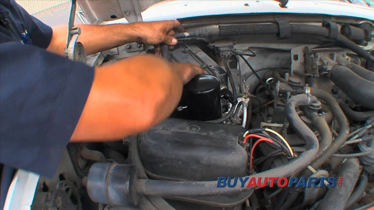 [How To Put Refrigerant In A 2002 Jeep Liberty]  How To Recharge An Auto A C System Hooking A