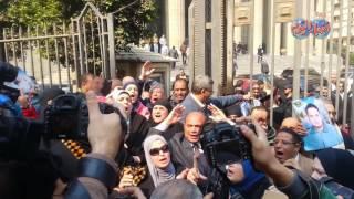 صور وفيديو| أفراح وأحزان عقب صدور  الحكم في 'مذبحة بورسعيد' | بوابه اخبار اليوم الإلكترونية