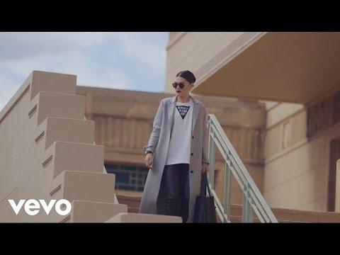 Jessie J - Interview (Volkswagen Garage Sound)