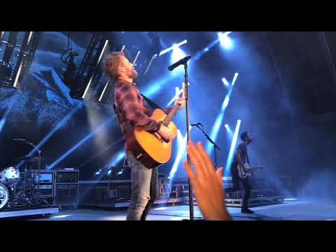 Dierks Bentley Mountain Tour At The Hollywood Bowl 2018