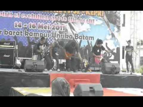 Winner - Pusing Cover by DISTORTION Band.wmv