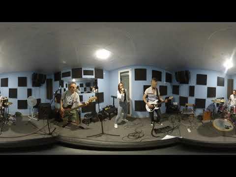Lash Out cover ЮЖНЫЙ ПАРК (видео 360 градусов, панорамный звук- слушать в наушниках)