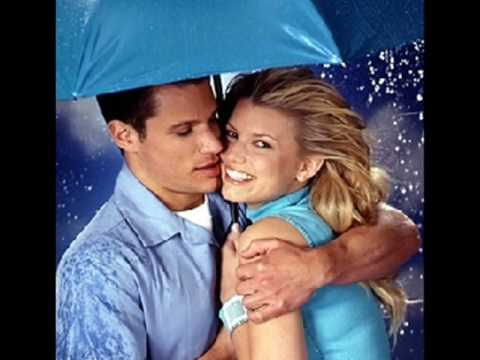 Łzy - niebieska sukienka