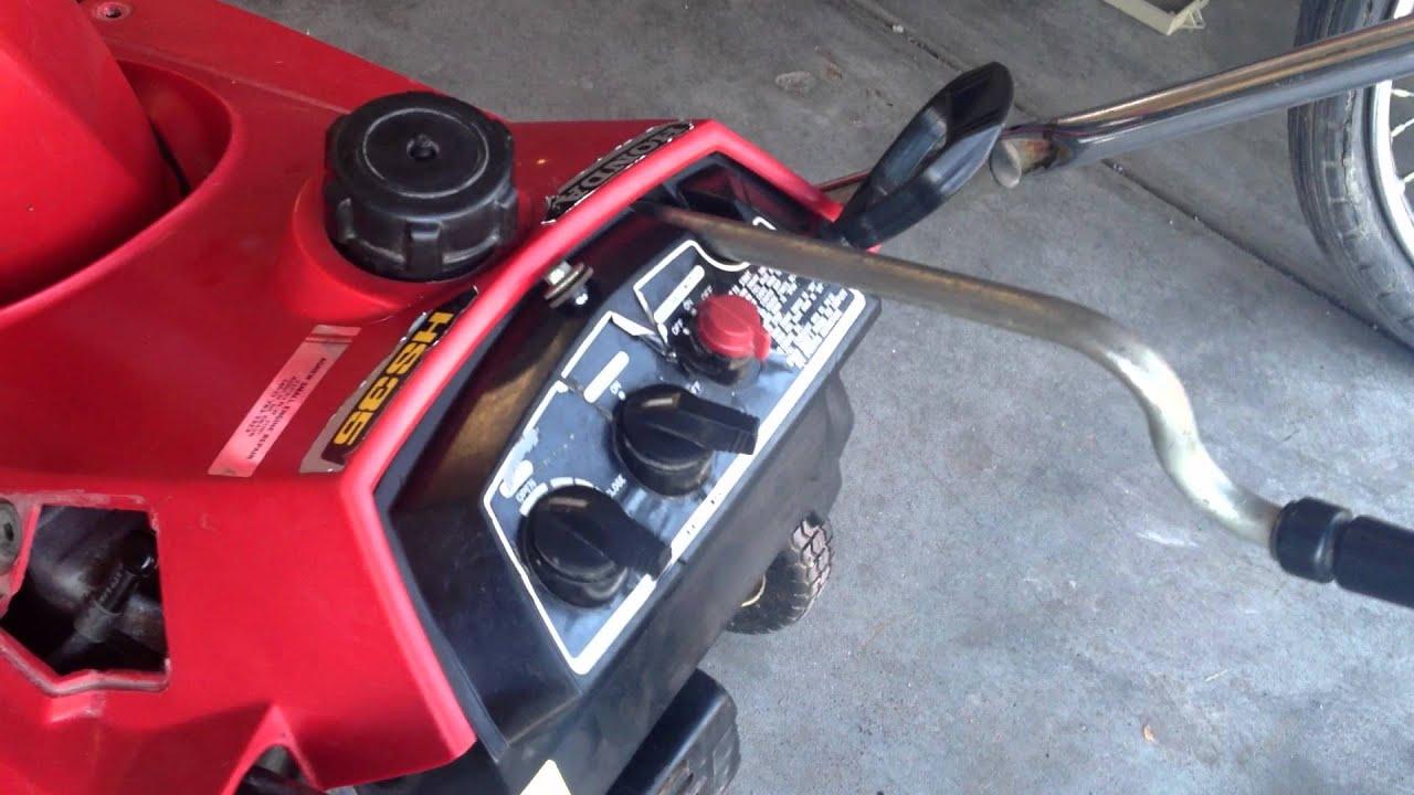"Snow Blower 24 >> Honda HS35 4-Stroke Snow Blower: First Run after ""Neighbor Bob's"" Refurbishment - YouTube"