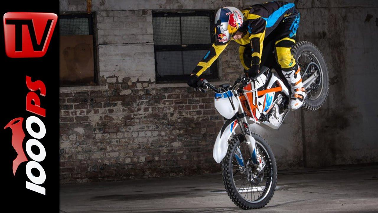 画像: KTM FREERIDE E with Danny MacAskill   Stunts and Action youtu.be