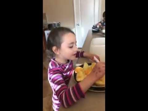 Viral 3 anak bule berbahasa manado