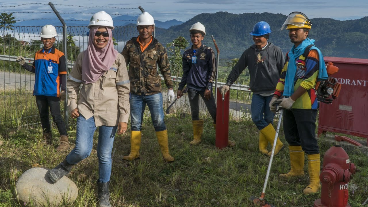 Meet A Young Woman Engineer in an Indonesia Geothermal Power Project