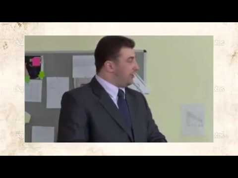 Сексуальное домогаются видео