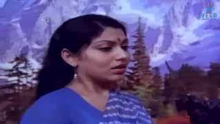 Repeat youtube video Decembar Pookal Movie : Best Romantic Secne